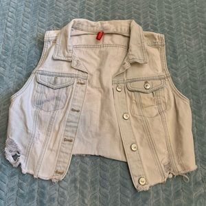 Light wash jean vest